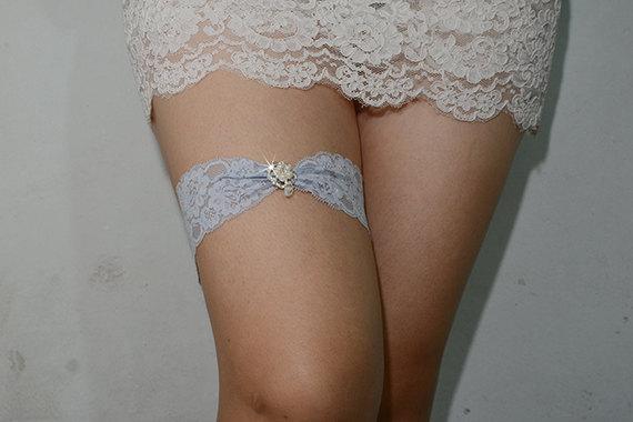 Свадьба - light blue bridal garter, something blue garter, wedding garter, bride garter, lace garter, rhinestone beaded lace garte