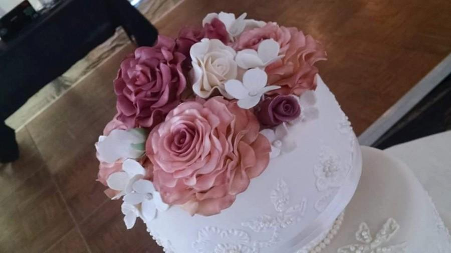 """Mariage - 5 Edible ROSES (one 5"""", two 3 1/2"""", one 2 1/2"""", one 1 1/2"""") Cake decoration / Edible sugar flower / wedding cake decoration / any color]"""