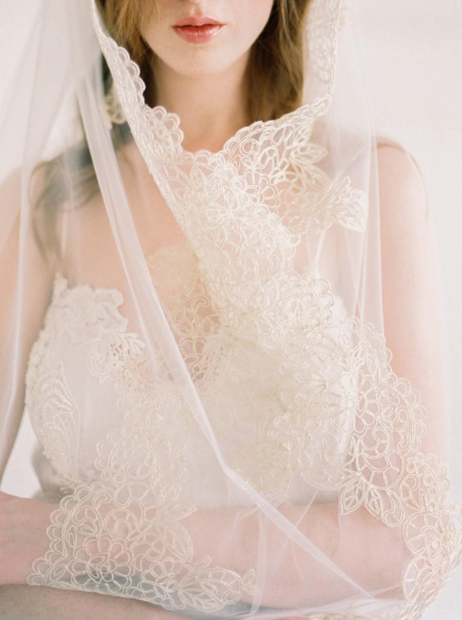 زفاف - Kate, Gold Lace Veil,Lace Veil, Gold Lace Wedding Veil, Bridal Lace Veil, Lace Edge Veil, Ivory Veil, Scalloped Lace Veil, Long Veil