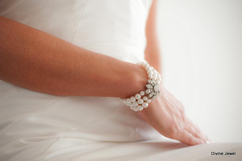 Wedding - Wedding Pearl Bracelet, Bridal Rhinestone Bracelet,Ivory or White Pearls,Rhinestone Pearl Bracelet,Bridal Statement Bracelet,Pearl,SAVANNAH