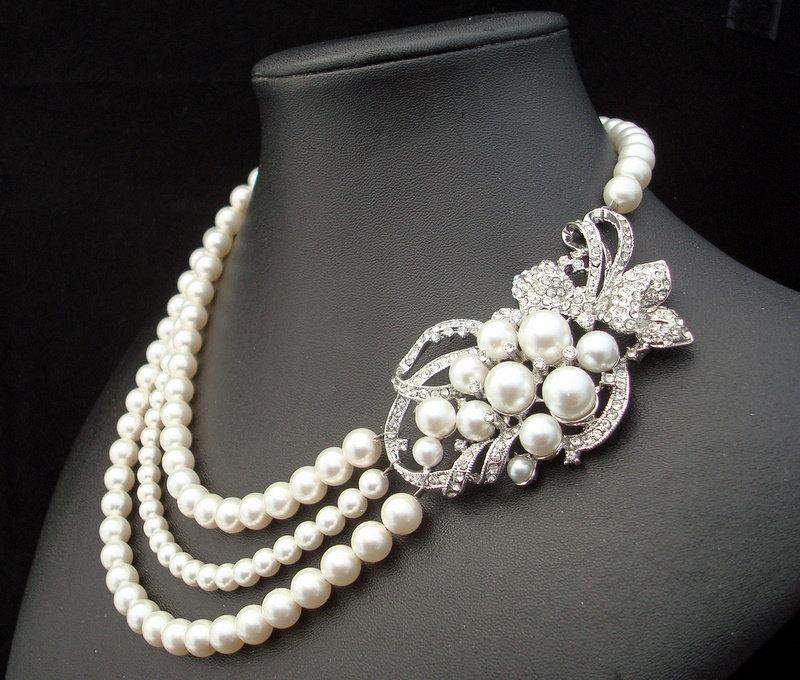 Свадьба - Pearl Necklace,Bridal Pearl Necklace,White Pearls,Rhinestone Brooch Necklace,Vintage Style,Statement Bridal Necklace,Pearl,Bride,MARCELLE