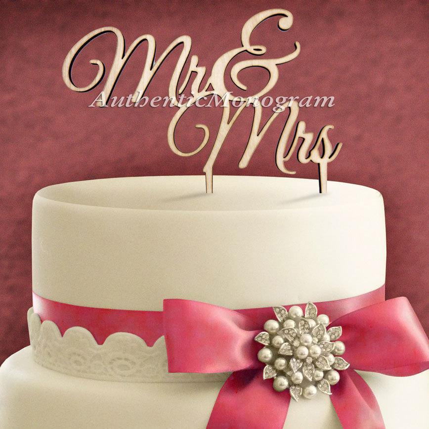 """زفاف - 6"""" Wooden PAINTED Cake Topper """"Mr & Mrs"""" Monogram, Wedding decor, Anniversary, Initial, Celebration, Anniversary, Special Occasion (4102p"""