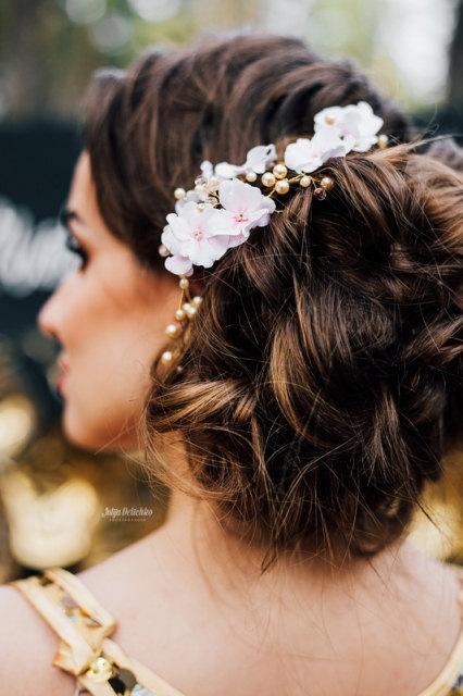 Mariage - Wedding hair piece Wedding hair crown pink flower crown Bridal hair piece Wedding head piece pearls flower hair accessory Sakura hairstyles