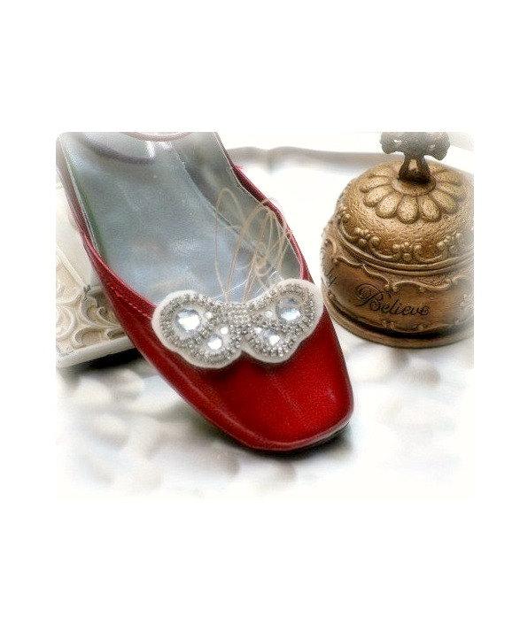 Hochzeit - Rhinestone Butterfly Shoe Clips Dainty Stylish Bride Bridal Bridesmaid, Elegant Stunning Delicate Shimmer Glitz Steampunk Rockabilly Couture