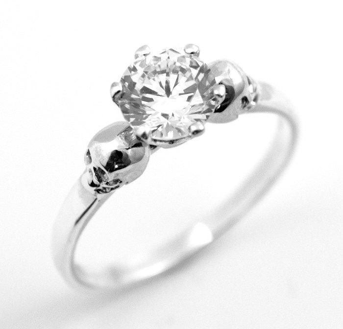 زفاف - Skull Ring Silver 1ct Diamond Round Brilliant Cut Hand Crafted Engagement Ring 6 Claw