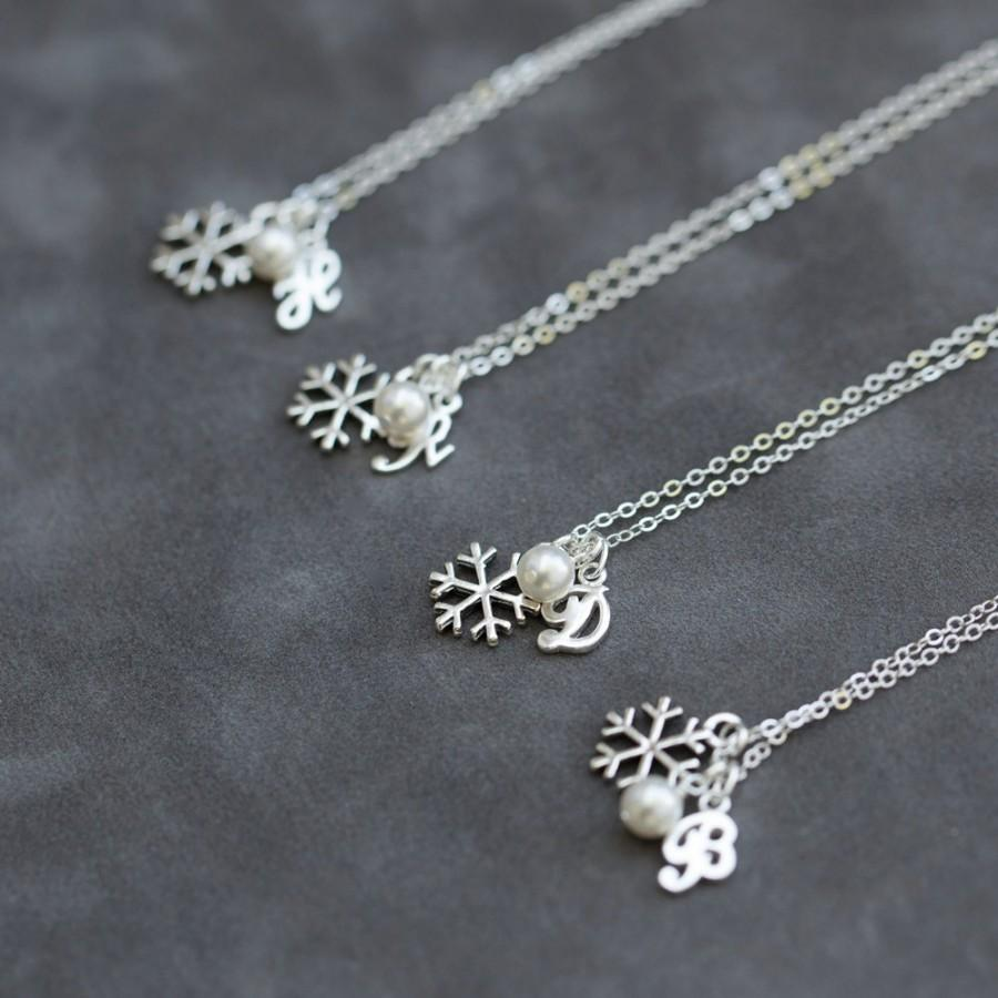 Wedding - Silver Snowflake Bridesmaid Necklace Set of 7, Pearl Initial Jewelry, Winter Bridesmaid Jewelry Gift, Initial and Snowflake Necklace