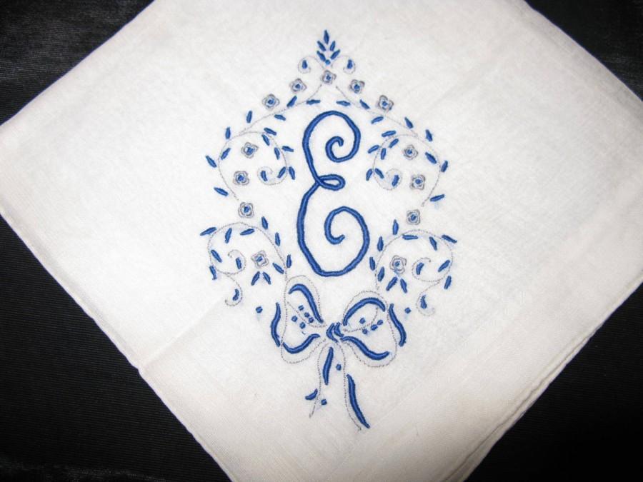 Свадьба - Antique Monogrammed Wedding Handkerchief, Something Blue Initial M, A, E,  D or B Wedding, Bride Vintage Hanky Bridal Something Old