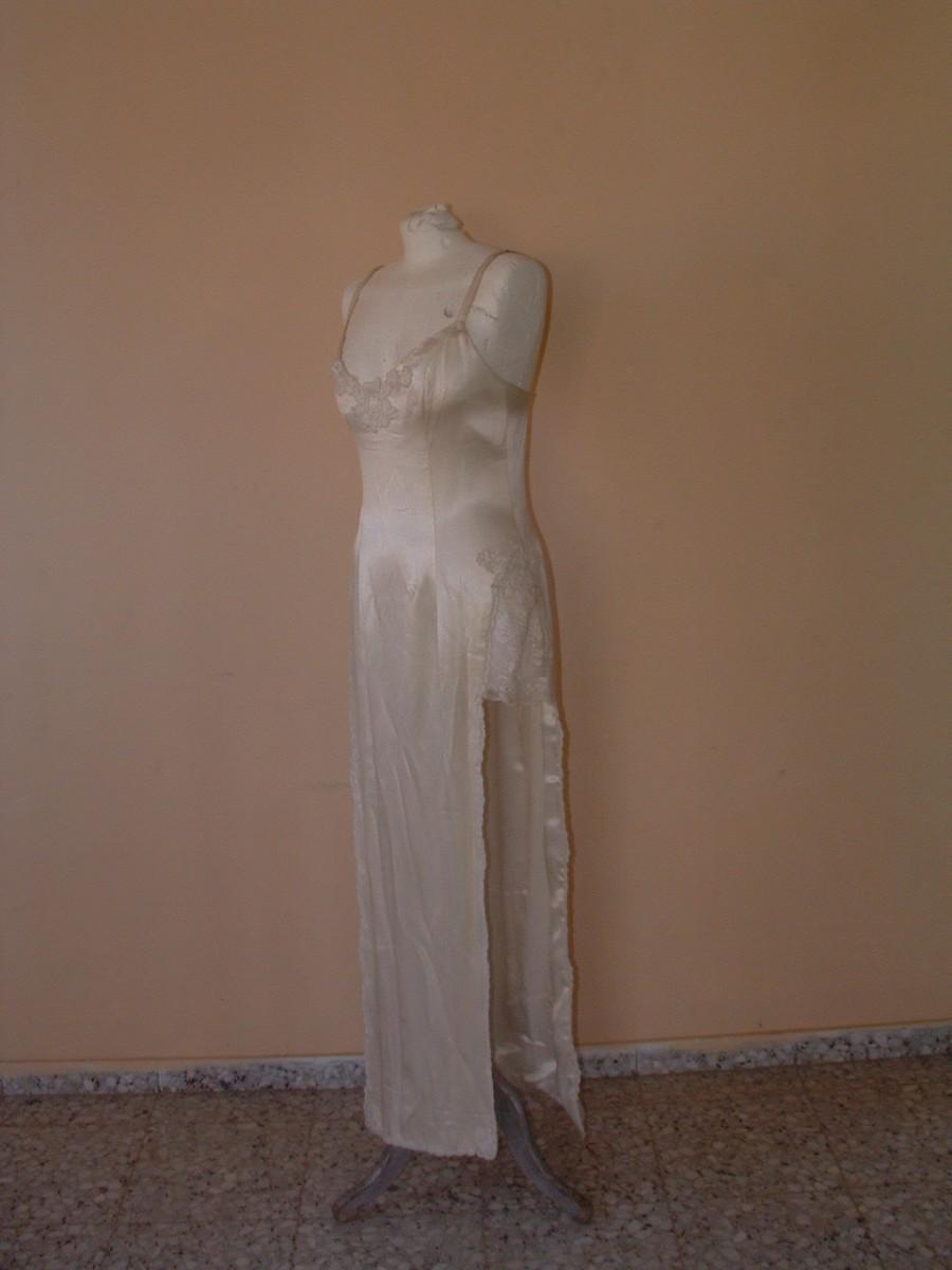 Hochzeit - free shipping PIERRE CARDIN wedding dress made in France circa 1960's