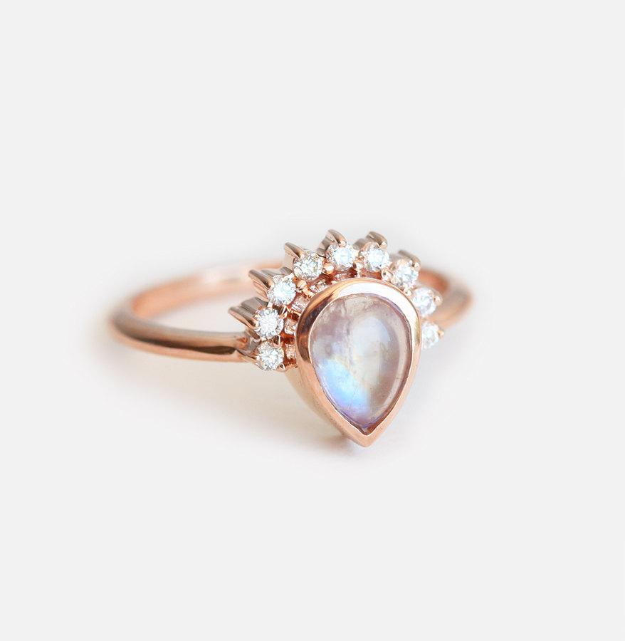 Wedding - Moonstone Engagement Ring, Gold Moonstone Ring, Engagement Moonstone ring, Birthstone Ring, Pear Moonstone Ring, Moonstone Cabochon Ring