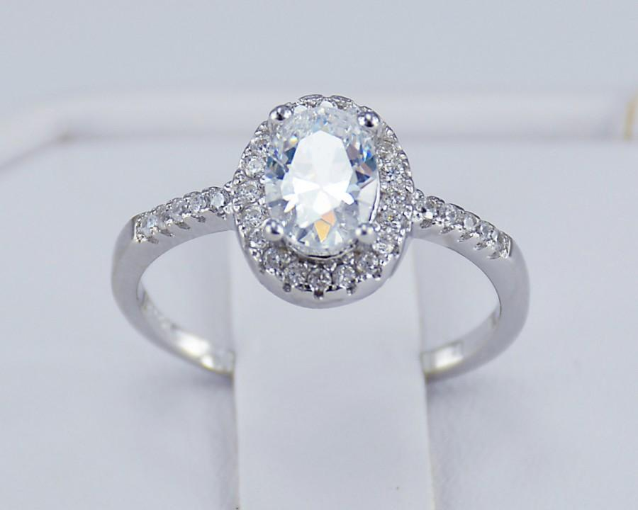 Mariage - 6Grape Platinum Plated Solid 925 Sterling Silver Oval Cut Simulated Diamond Women's Ring Engagement Promise