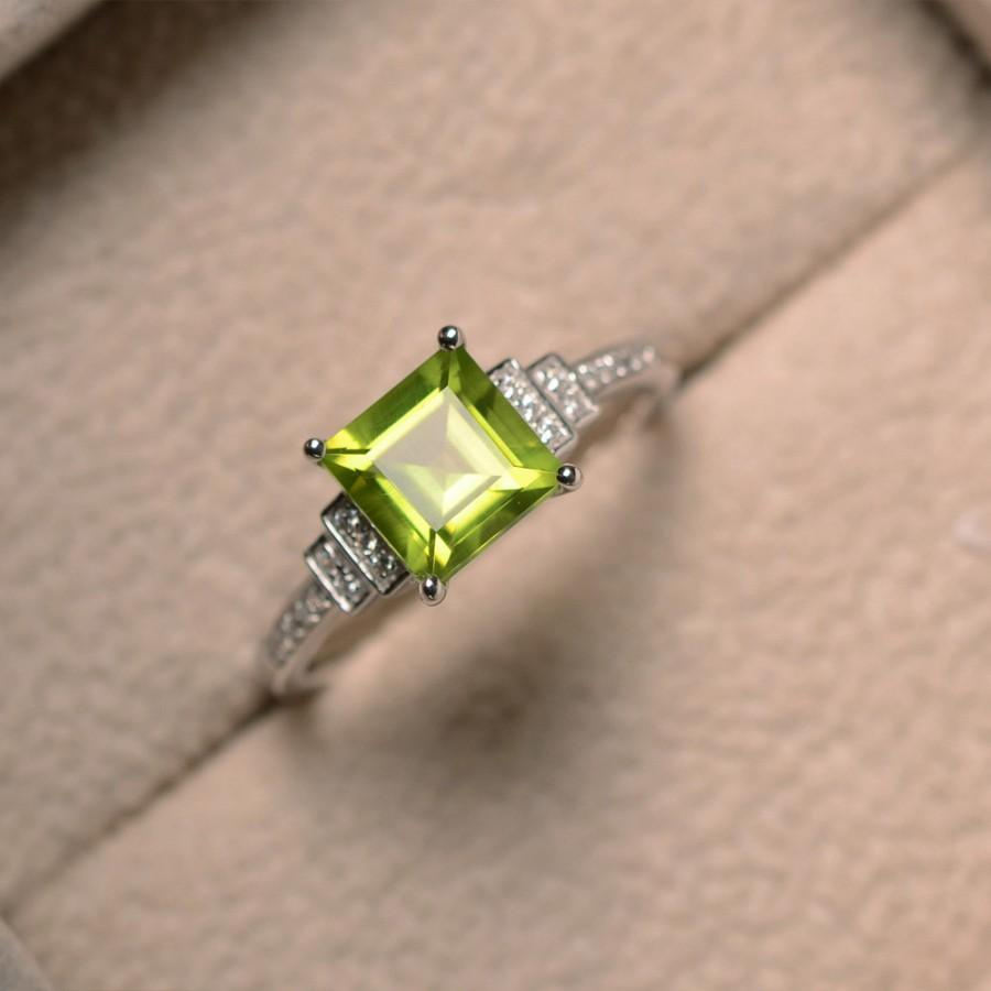 Mariage - Natural peridot ring, square cut, engagement, promise ring, August birthstone, sterling silver