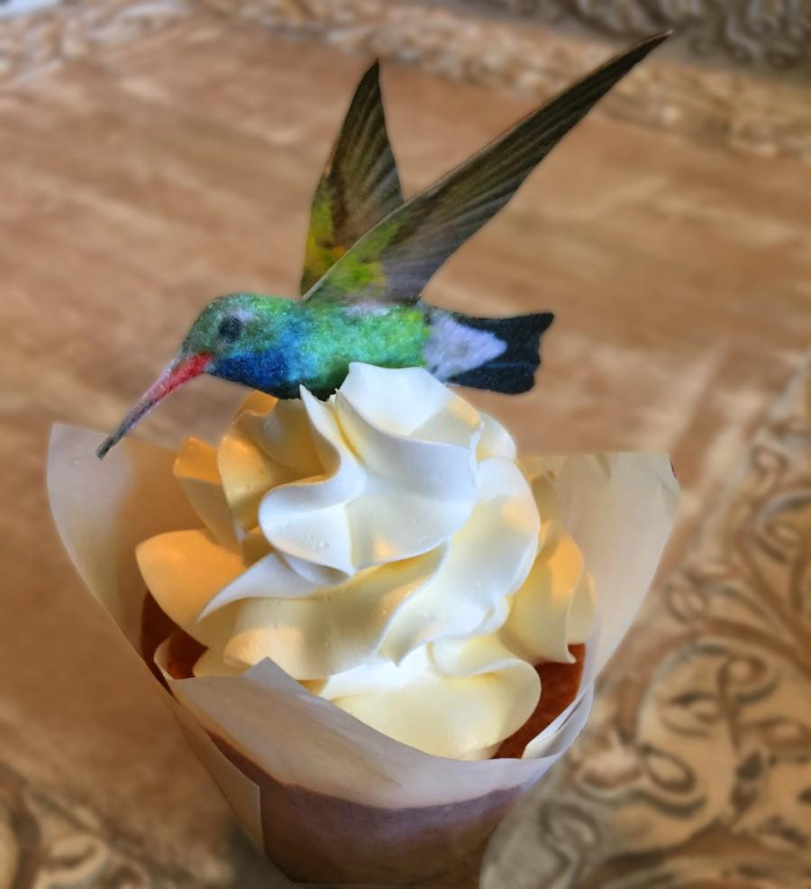Свадьба - Edible Cake Decorations -  Hummingbirds, 3-D Triple Sided Wafer Paper Toppers for Cakes, Cupcakes or Cookies - Set of 4