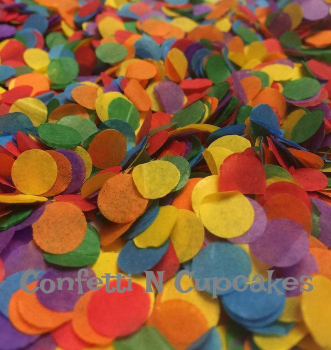 Hochzeit - Tissue Paper Confetti, rainbow confetti, birthday party decor, party confetti, piñatas, rainbow table scatter, confetti pop, red blue purple