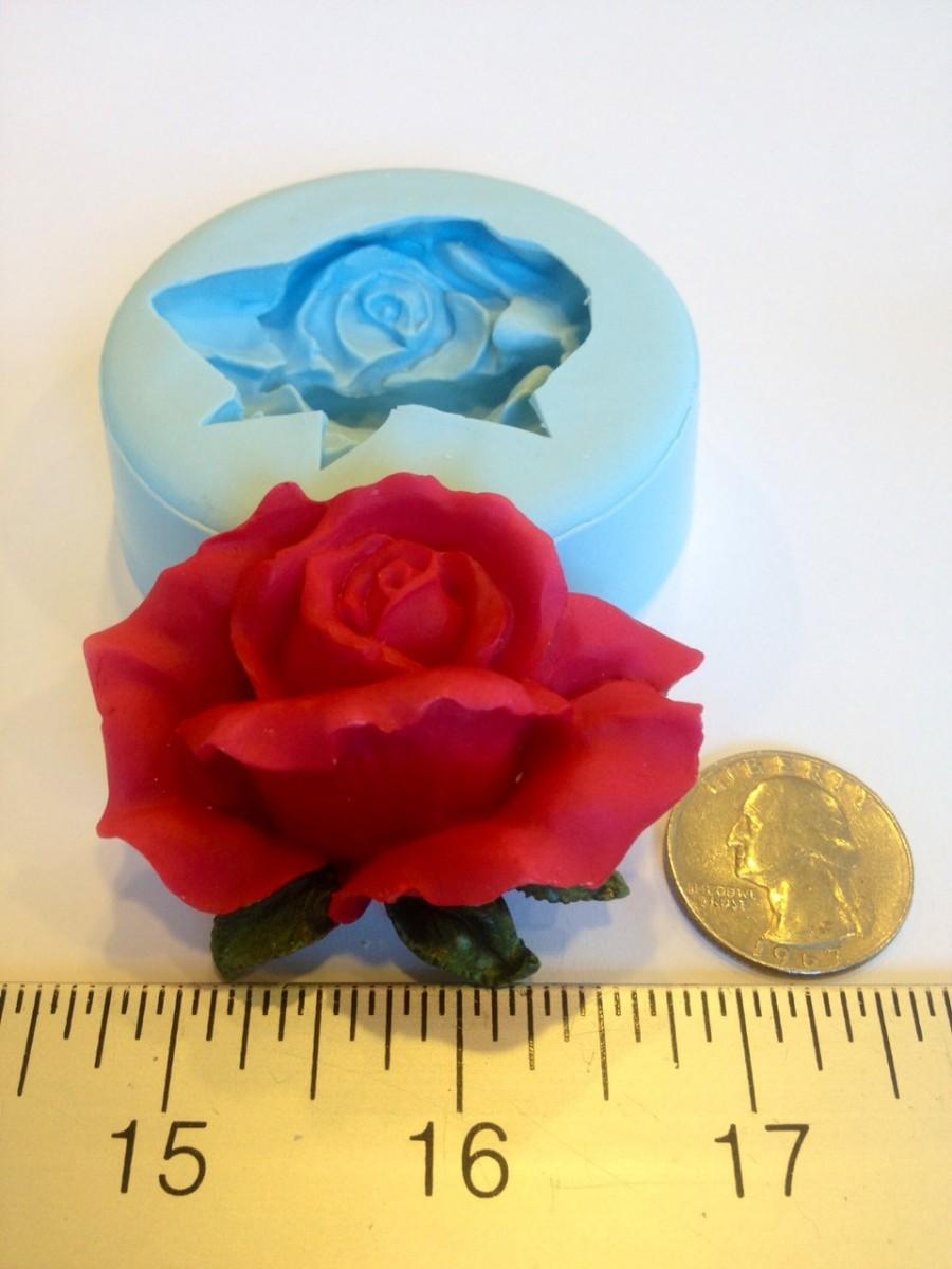 Mariage - Rose Bud Silicone Mold (chocolate, fondant, gumpaste, sugarcraft, cake, wedding, favors, showers, party)
