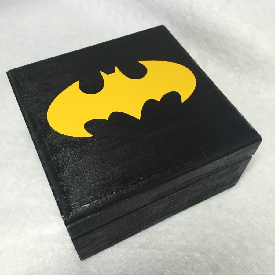 Mariage - Batman Superhero Comic Wedding Engagement Ring Box Geek Nerd