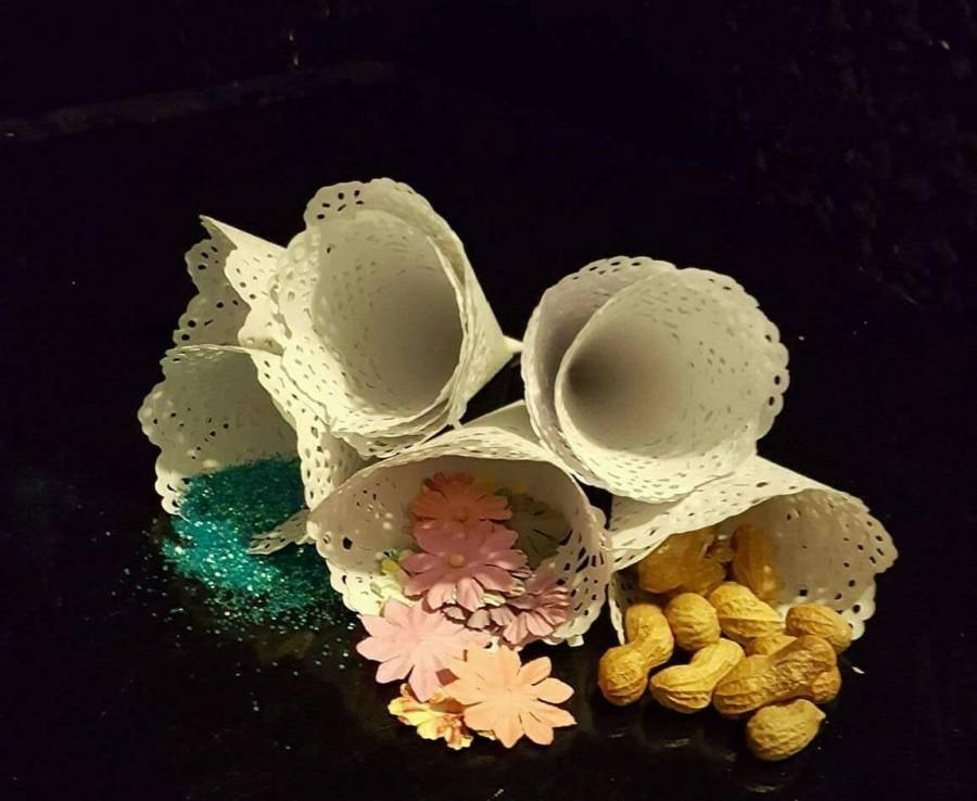 Mariage - 50 Wedding petal cones