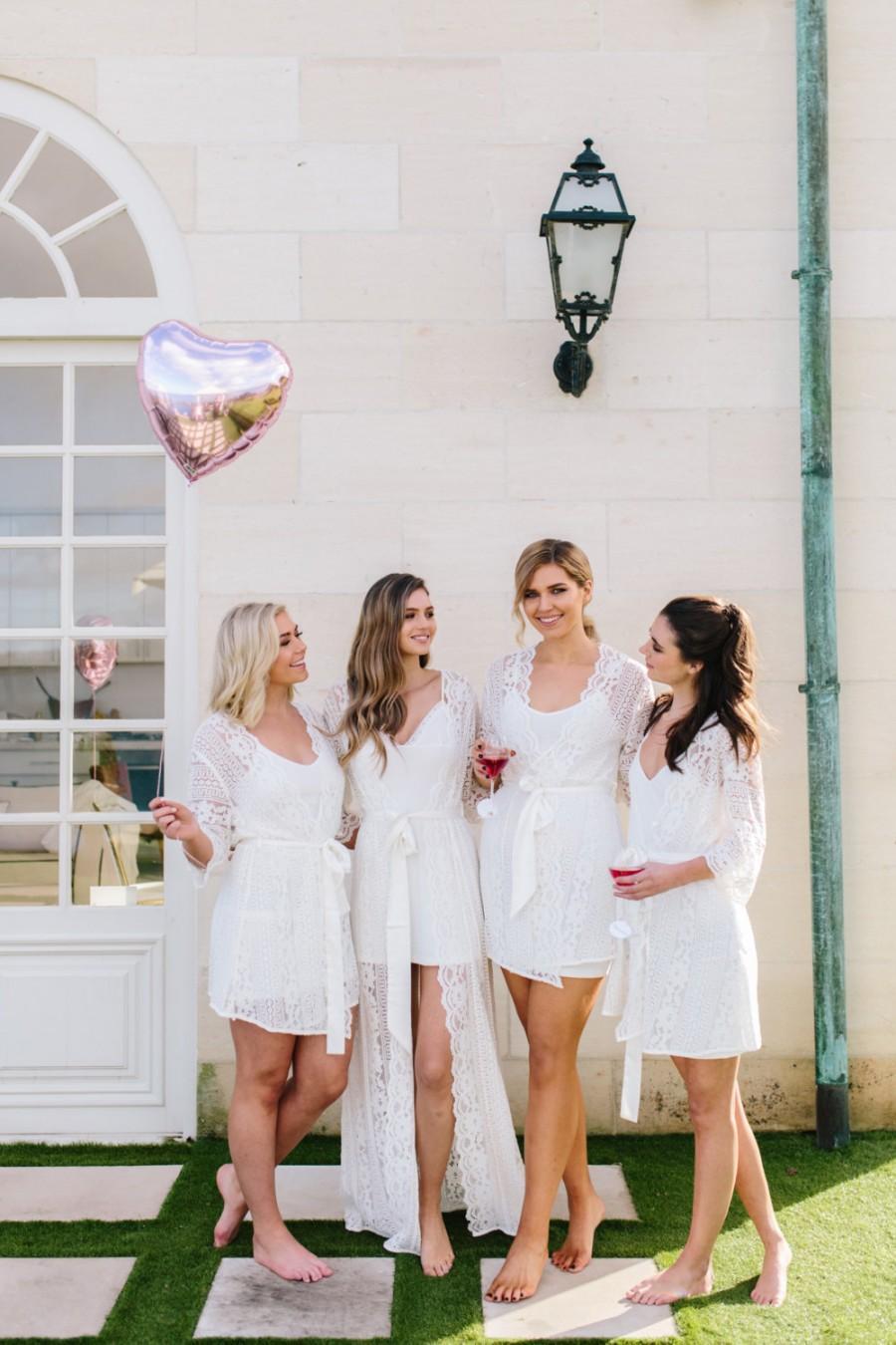 Свадьба - Lace Bridal Robe // Bridesmaid Robes // Robe // Bridal Robe // Bride Robe // Bridal Party Robes // Bridesmaid Gifts // Satin Robe