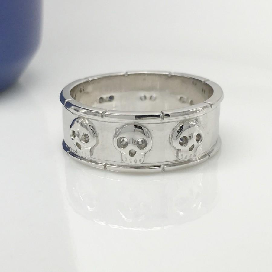 Mariage - Silver skull ring, sterling silver hexad skull band, unique ring, men's wedding band, skull eternity ring, skull wedding band