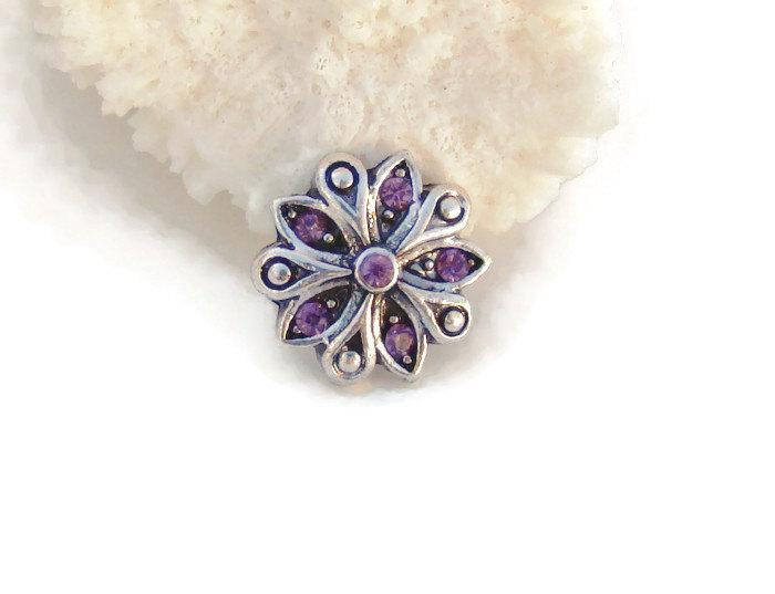 Mariage - ON SALE MINI 12 mm. purple rhinestone flower design, noosa style, snap charm button for snap button jewelry, like ginger snaps and magnolia