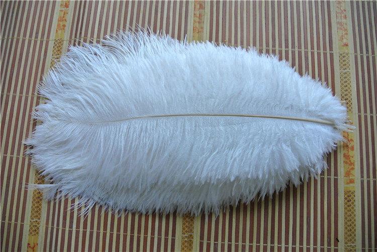 Hochzeit - 200 pcs white ostrich feather plume for wedding centerpiece wedding decor party event supplies decor