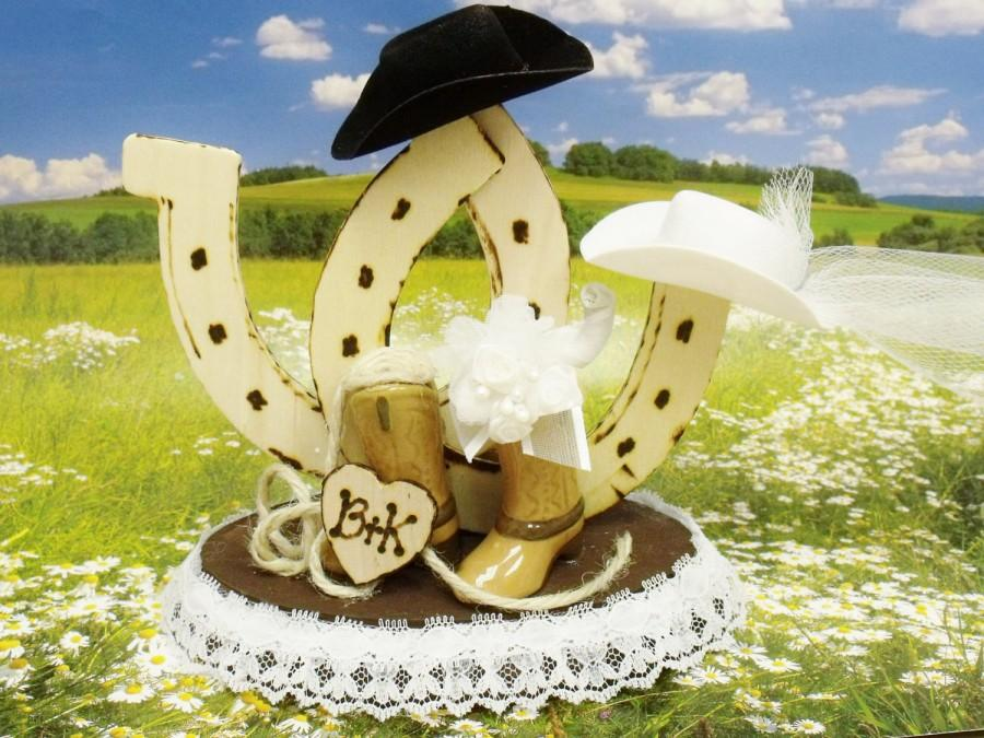 "Mariage - Cowboy & Cowgirl Country Wedding Cake Toppers ""PERSONALIZED"" with Initials of Bride and Groom ever so Country -For SMALL Cake Tops ""Perfect"""