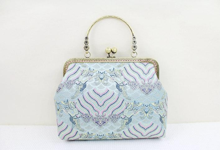 Свадьба - The waves handmade bag/ Kiss lock frame bag / Fun Clutch Purse Metal frame purse/coin purse / handbag /Pouch/clutch/tote bag
