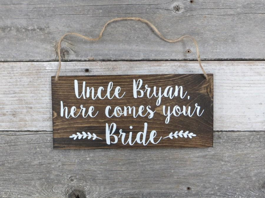 """Mariage - Personalized Hand Painted Wood Wedding Sign Name & """"Here Comes Your Bride""""-Ring Bearer Sign, Flower Girl Sign, Wedding Ceremony  - 12""""x5.5"""""""
