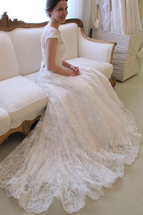 Mariage - Scoop Neck Short Sleeve A-Line Lace Wedding Dress WD043