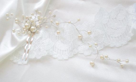 Wedding - Bridal Hair Vine. Pearl Rhinestone Comb. Luxe Prom. Swarovski Pearls. Elegant Evening Wear. Vogue Modern Bride Headpiece Vine. Bride