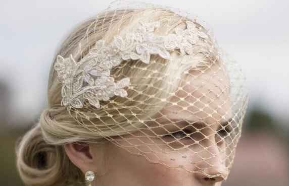 Mariage - Gold Veil, Birdcage Veil, Metallic gold birdcage veil, Vintage style veil, French netting veil, Blusher veil, Bridal Headpiece, Bridal veil