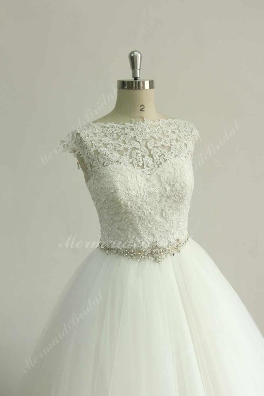 زفاف - Stunning Keyhole back tulle lace wedding dress with beading sash and capsleeves