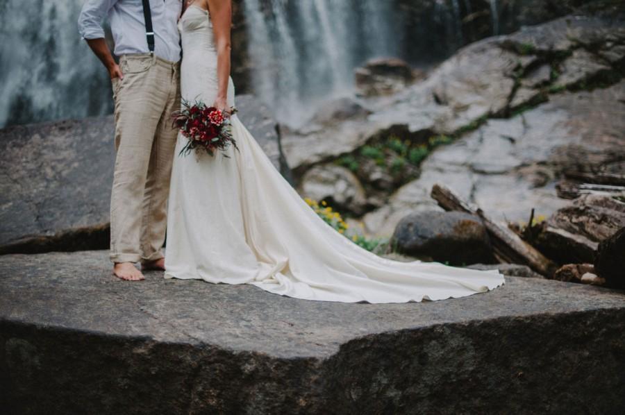Mariage - Rustic Mermaid Wedding Gown, Boho Cotton Lace Wedding Gown, Hemp Silk Wedding Dress, Mermaid Strapless Sweetheart wedding dress Eco Friendly