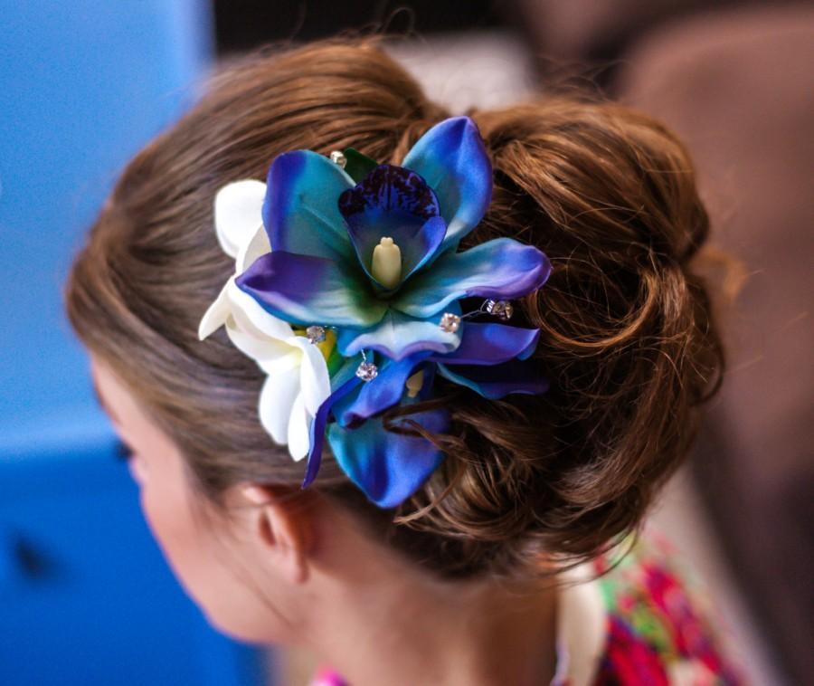 Свадьба - BLUE ORCHID HAIR Clip, Wedding headpiece, hair flowers, hair accessory, bridal clip, silk hair flower, headpiece, Wedding Hair Accessory