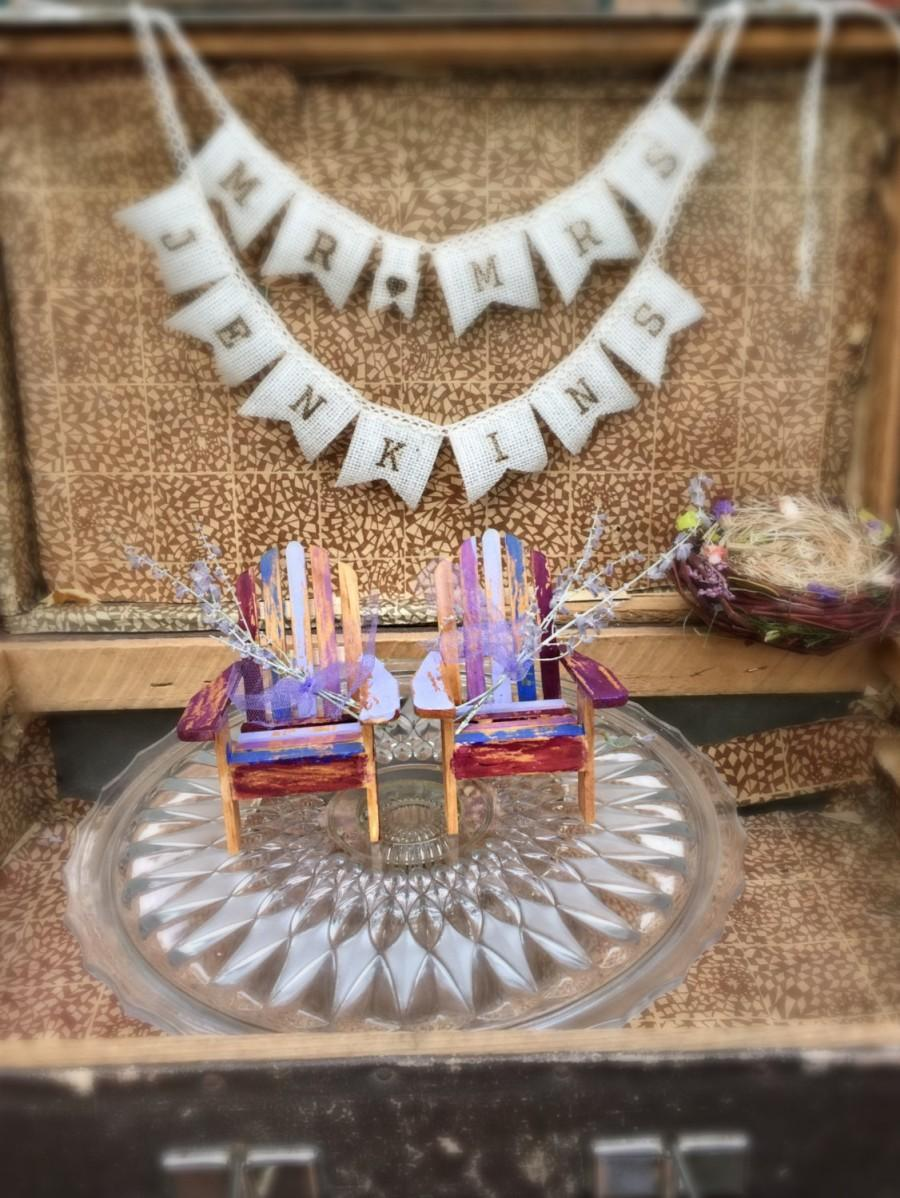 Свадьба - Lavender Purple Amethyst  color Wedding Adirondack Chairs Cake Topper personalized initials Set of two chairs