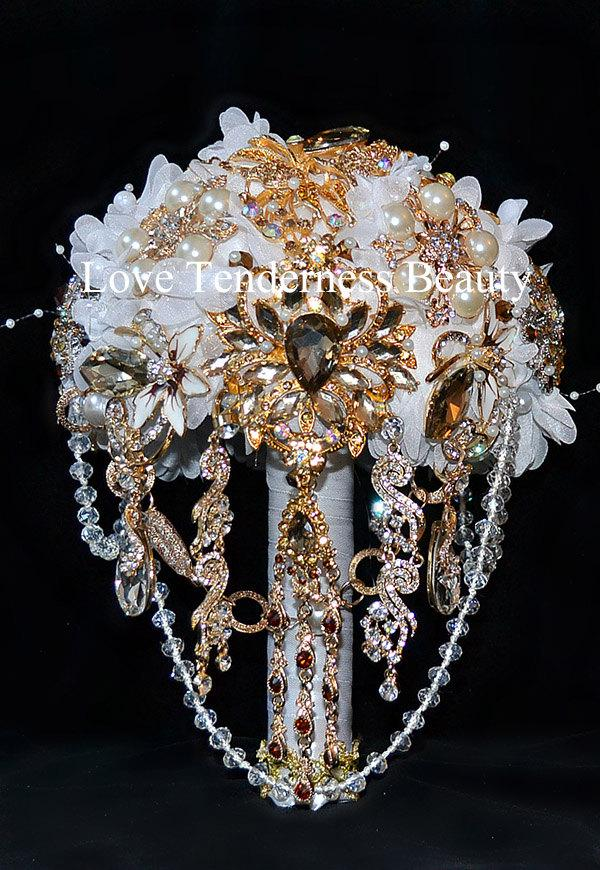Mariage - COUNTRY GLAM Brooch bouquet, White and Silver Gold Wedding Bouquet, Bridal Bouquet, Jewelry Bouquet, Silk Wedding Bouquet, Crystal Bouquet
