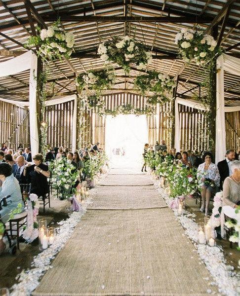 Свадьба - Burlap Aisle runner