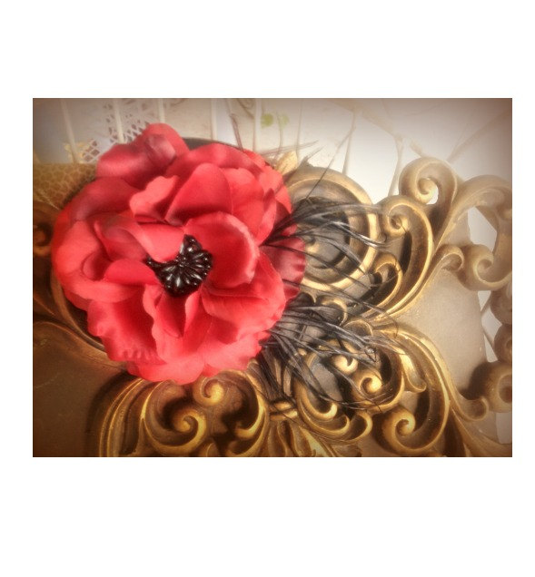 Mariage - Pin / Hair Clip / Comb Red & Black Feathered Flower Fascinator. Engagement Bride Bridal Bridesmaid Statement, Pearl Bead Feather More Colors
