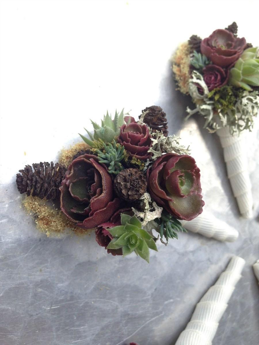 زفاف - Earthy boutonnière- fall, winter wedding flowers