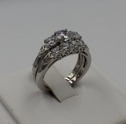 زفاف - Celtic Engagement Ring and Band Set - White CZ Engagement Bridal Set Anniversary Wedding Handfasting Ring Set