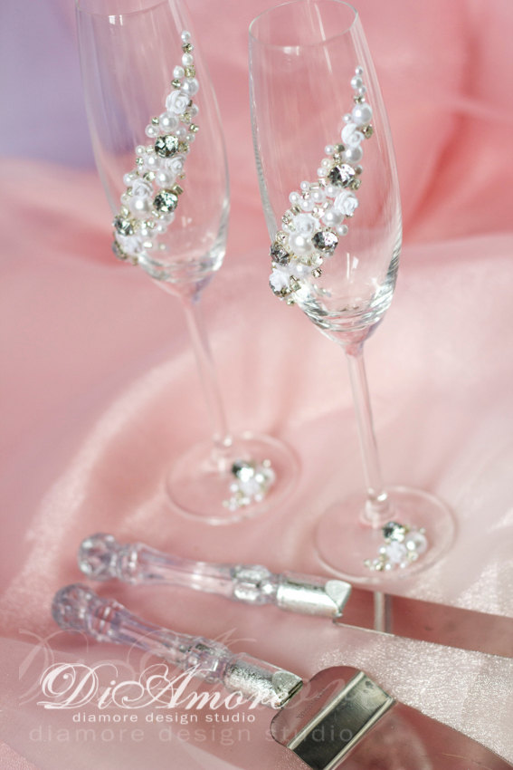 Mariage - Silver and Pearl сhampagne flutes & set for cakeMetallic silverSparkleArt Deco table settingluxury traditionalclassic wedding4pcs