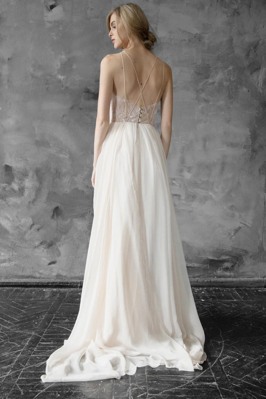 Mariage - Melita // Lace and chiffon halter-neck wedding dress