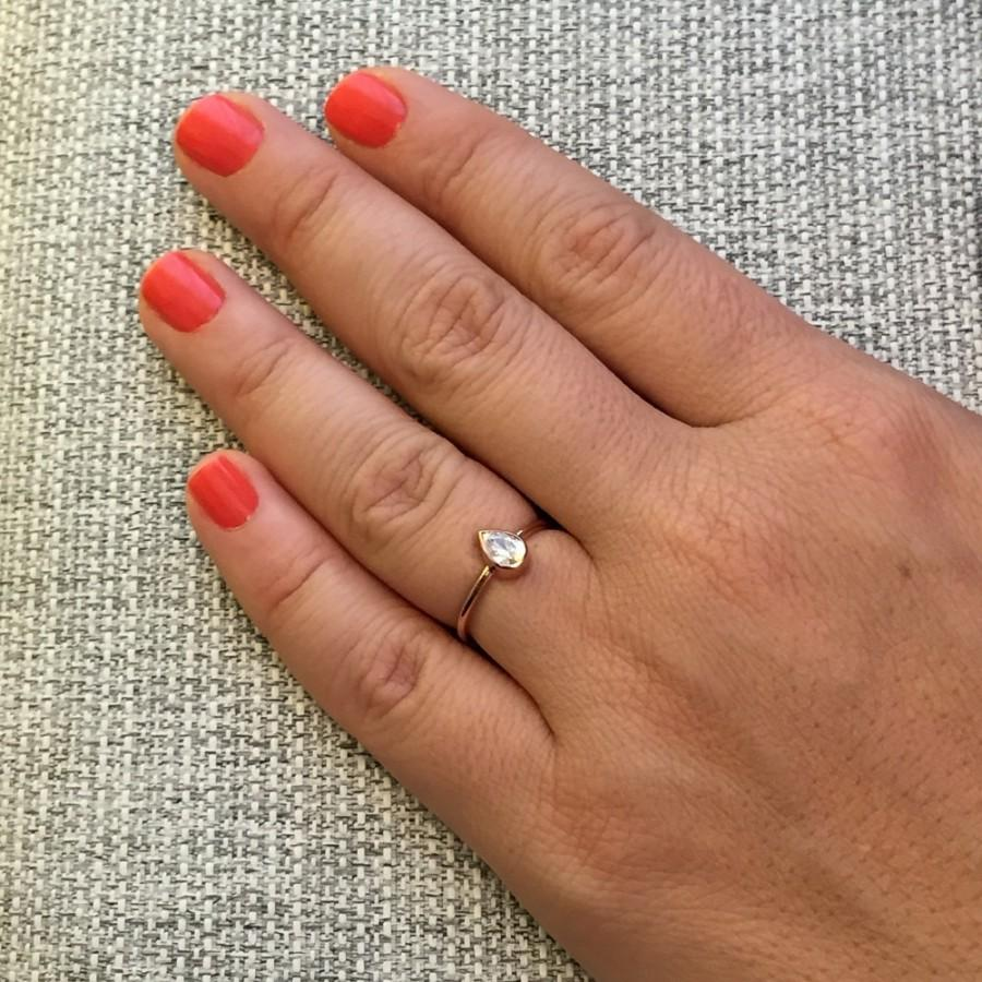 Свадьба - Pear Cut Engagement Ring 14K Solid Gold, Pear Ring