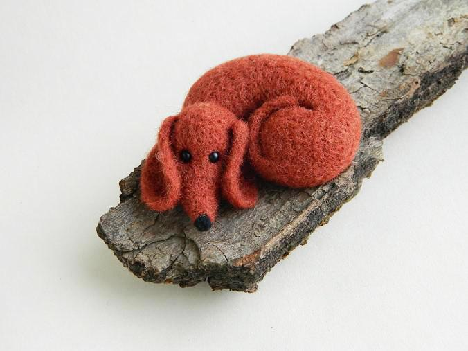 Свадьба - Needle felted Dachshund Miniature Dog Felted Art Doll Felted miniature Animals Cute Gift for her Gift for Mom