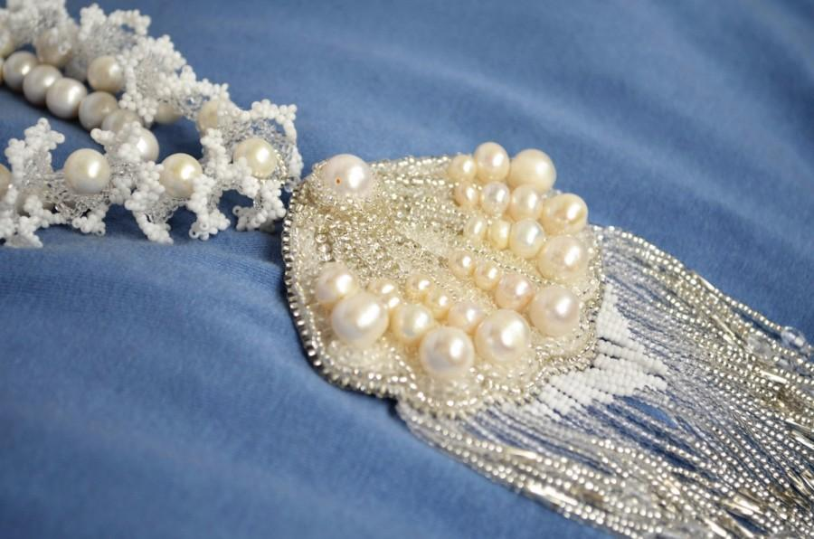 Mariage - Jewelry Statement Wedding Necklace, Beaded White Pearl Necklace with Embroidered Pendant, Bridal Necklace, Bridesmaids Necklace,Beach style