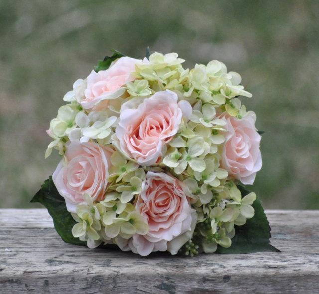 Boda - Silk Wedding Bouquet, Wedding Bouquet, Keepsake Bouquet, Bridal Bouquet Coral rose and green hydrangea wedding bouquet made of silk roses.