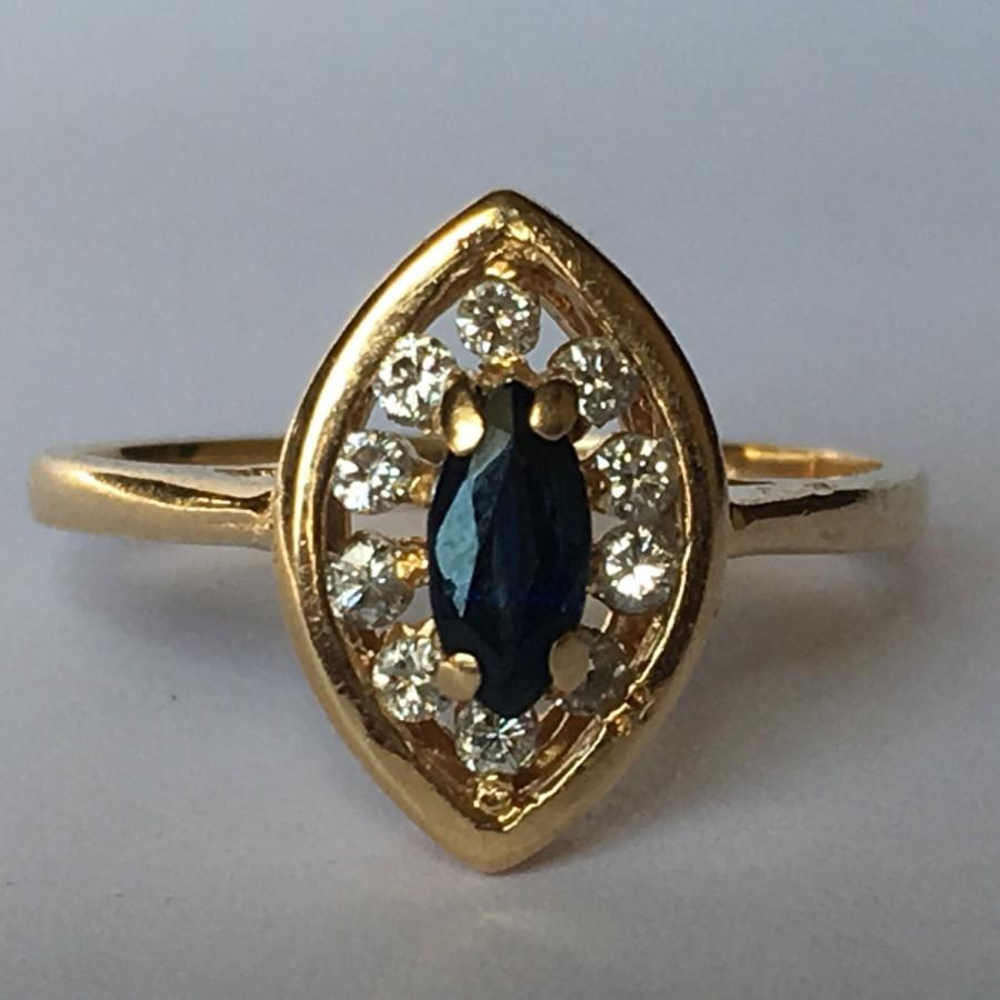 Mariage - Vintage Sapphire Ring. Diamond Halo. 14K Yellow Gold. Unique Engagement Ring. September Birthstone. 5th Anniversary Gift. Estate Jewelry