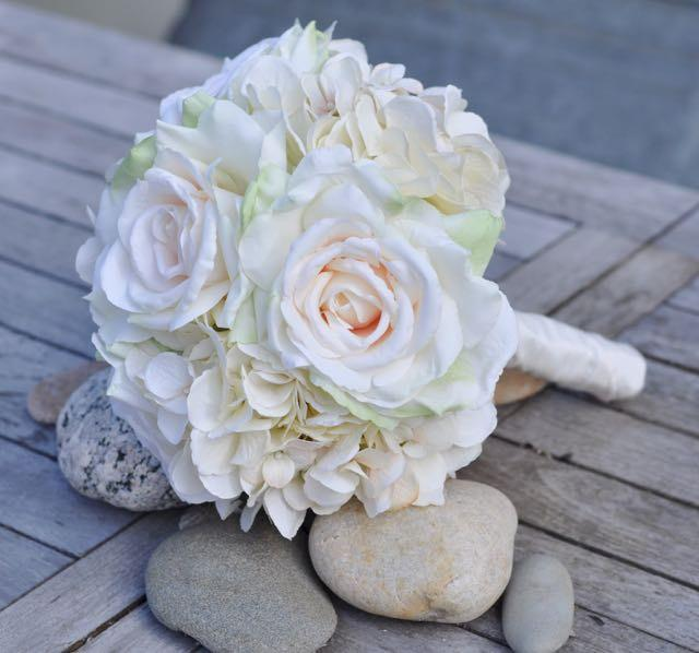 Свадьба - Wedding Flowers, Bride Bouquet, Romantic Bouquet,  Blush Pink Roses with Vanilla Hydrangea silk flower bouquet, Holly's Wedding Flowers.