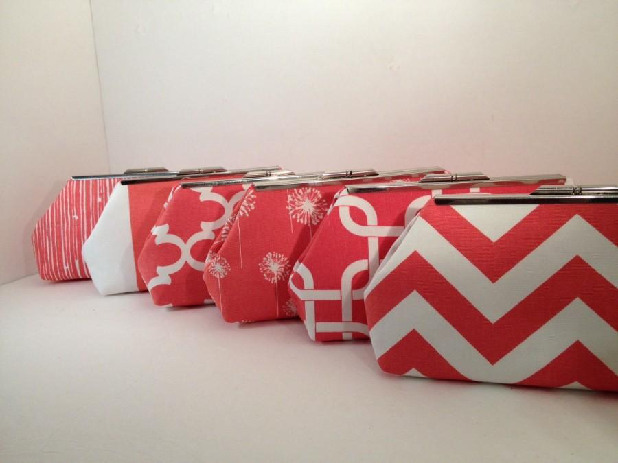 Свадьба - Discount Pricing for multiple Coral Clutch Purses