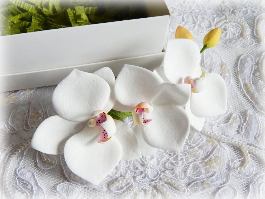 Wedding - Orchid hair clip, Wedding hair comb, White hair clips, Bridal hair combs, Phalaenopsis, Beach wedding, White real  flowers, Tropical flower