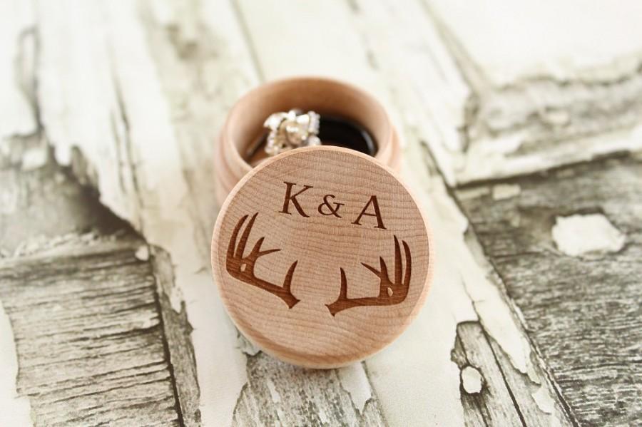 Mariage - Buck Antler Ring Box with Initials and Rustic Wood Ring Box Keepsake Ring Box Camo Wedding Ring Box